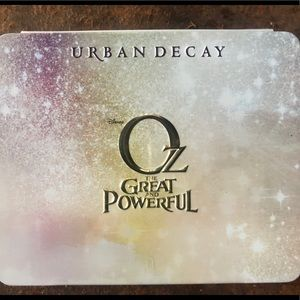 Nearly new Urban Decay Oz palette